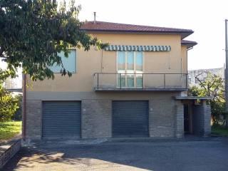 Foto - Casa indipendente via Adua, Castiglion Fiorentino