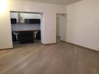 Foto - Quadrilocale ottimo stato, secondo piano, Centro Storico, Brescia