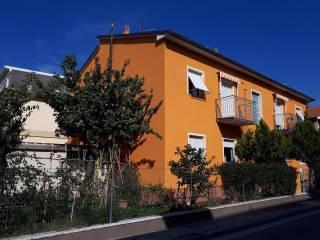Foto - Quadrilocale via Trento 16, Chiaravalle