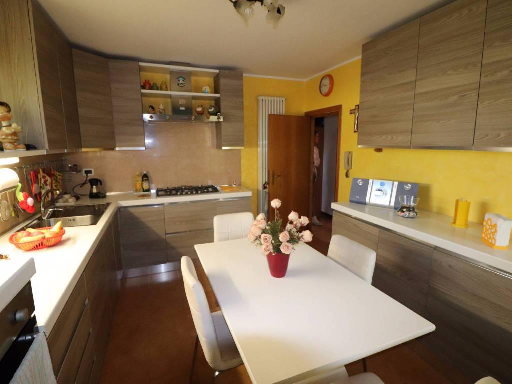 foto cucina Casa indipendente via San Giuseppe 32, Controguerra