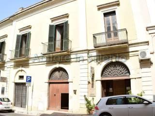 Foto - Palazzo / Stabile due piani, da ristrutturare, Parabita