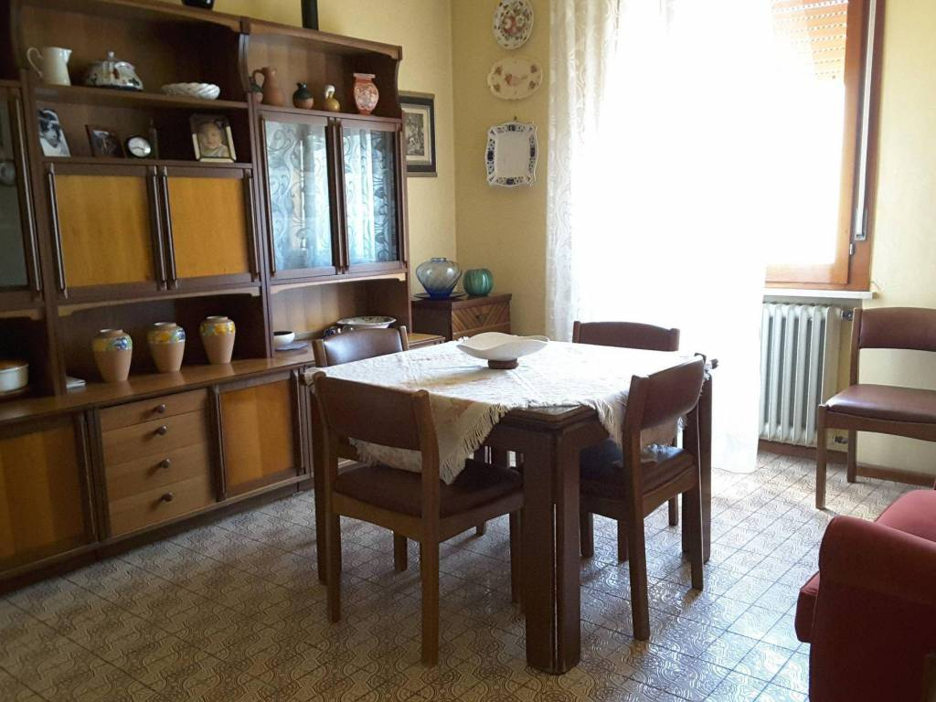 foto  Villa unifamiliare via Iesi, Ravenna