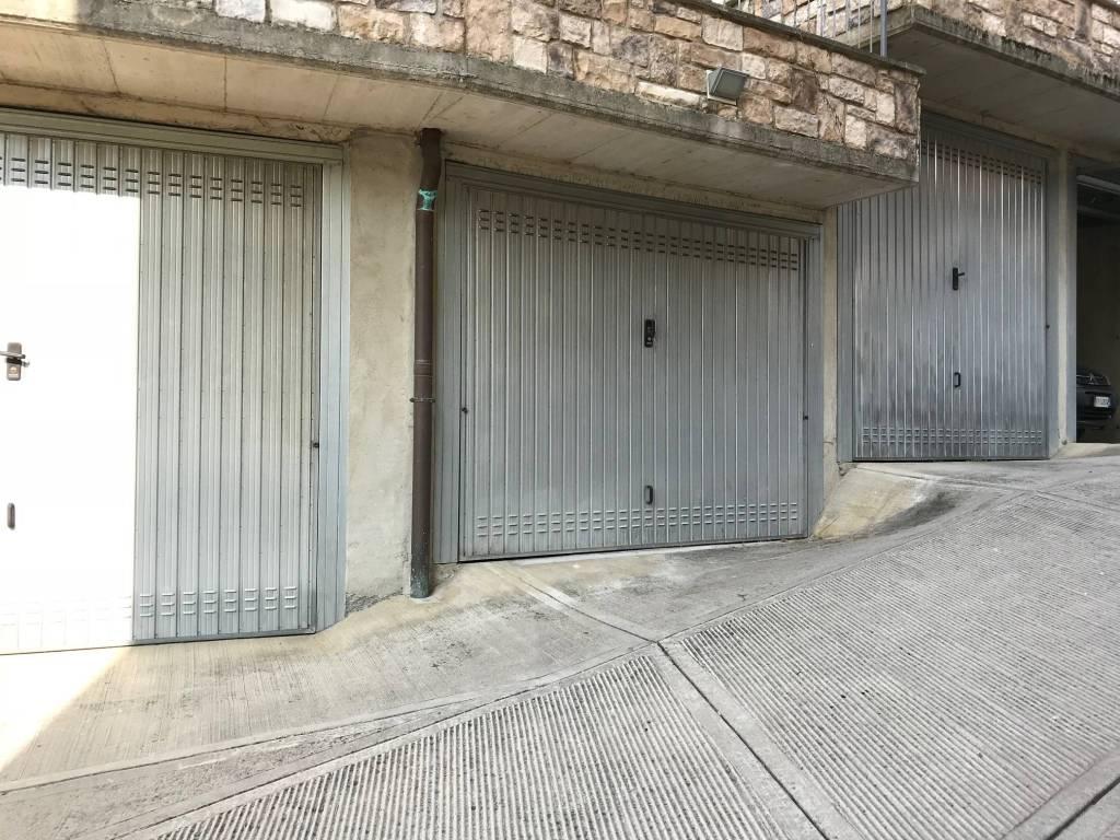foto Box Car box / Garage via Ponte Botta, Sedrina