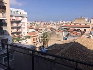Foto - Appartamento ottimo stato, quinto piano, Borgo Vecchio, Palermo