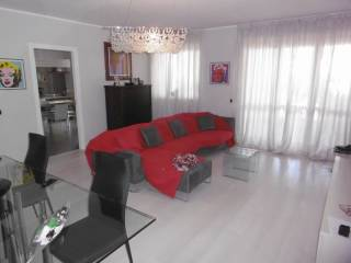 Foto - Appartamento via Principi di Piemonte 55, Bra