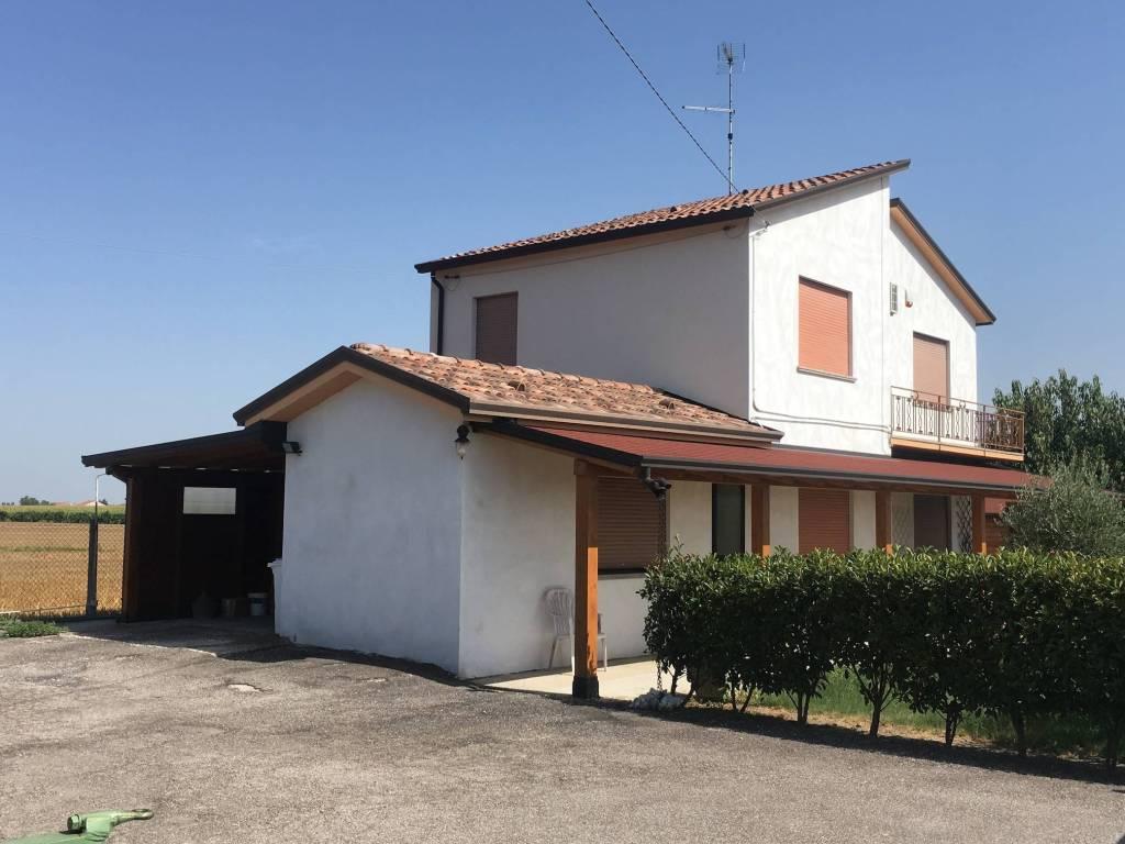 foto  Villa, ottimo stato, 142 mq, Castelguglielmo