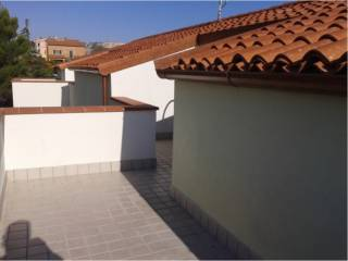 Foto - Quadrilocale nuovo, primo piano, Candia, Ancona