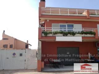 Foto - Palazzo / Stabile via della Stazione di Palidoro, Palidoro, Fiumicino