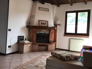 Foto - Palazzo / Stabile via Mulini, Camnago, Faloppio