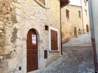 Foto - Casa indipendente via Attilio di Vito 29, Massa d'Albe