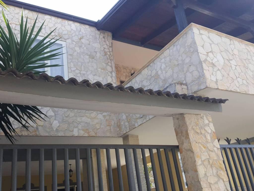 foto  Stabile o palazzo Vico Bari 14, Casapesenna