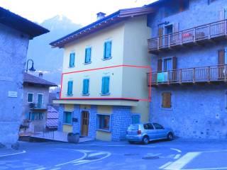 Foto - Bilocale via Giovanni Prati 27, Tione di Trento