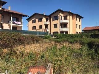 Foto - Terreno edificabile residenziale a Binago