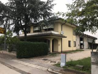 Foto - Villa via Papa Giovanni XXIII, Merlara