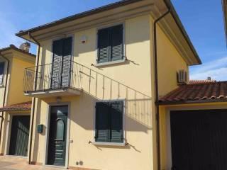 Foto - Casa indipendente Strada Provinciale Vecchia Senese 24, Alberoro, Monte San Savino