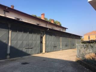 Foto - Box / Garage via Radice Fossati, Bareggio
