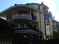 Foto - Trilocale ottimo stato, seminterrato, Roma