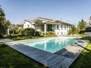 Foto - Villa unifamiliare via dei Colli Storici, Desenzano del Garda