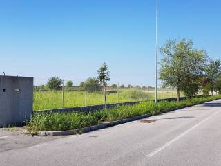 Foto - Terreno edificabile industriale a Cividale del Friuli