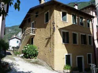Foto - Casa indipendente via Giara Mondon 19, Valstagna