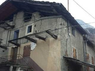 Foto - Casa indipendente 100 mq, da ristrutturare, Fénis