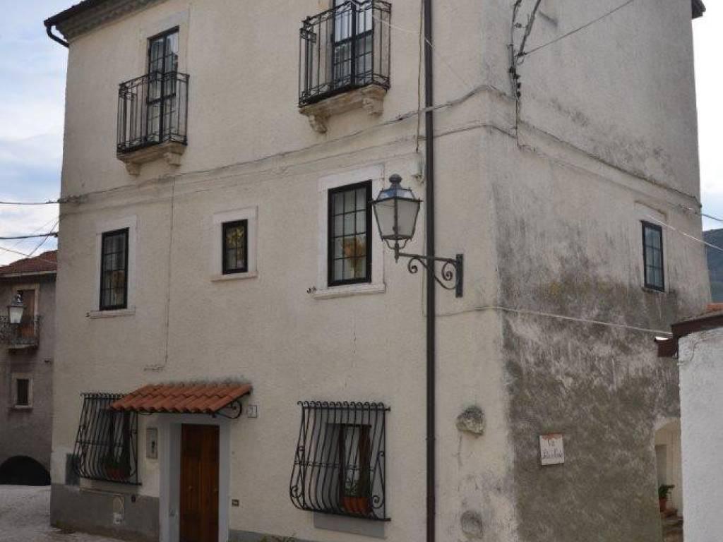 foto  Casa indipendente via Morrone, Ovindoli