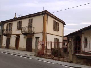 Foto - Palazzo / Stabile via Vittorio Veneto 29, Costigliole Saluzzo