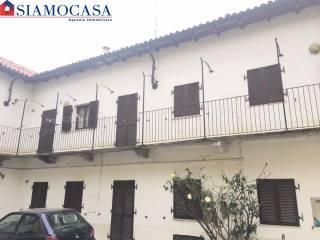Photo - Building via Alessandro III, Borgo Rovereto - Piscina, Alessandria