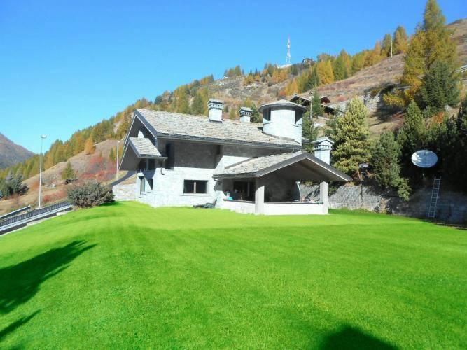 foto  Single family villa 500 sq.m., Cogne