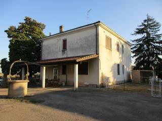 Foto - Appartamento buono stato, piano terra, San Martino, Ferrara