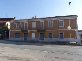 Foto - Palazzo / Stabile via Poirino 344, Carmagnola