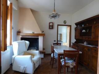 Foto - Appartamento via Francia, Montefollonico, Torrita di Siena