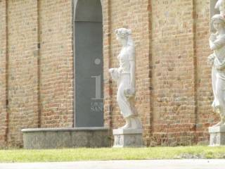 Photo - Building via Vittorio Emanuele, Alba