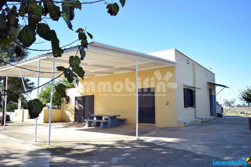 foto esterno Villa unifamiliare, buono stato, 102 mq, Oria