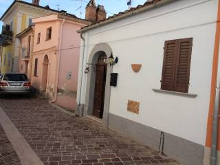 Foto - Monolocale via Fantacuzzi 8, Catignano
