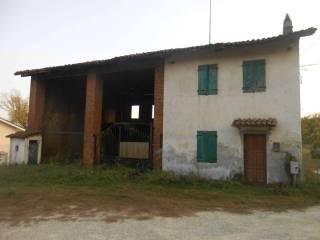 Foto - Rustico / Casale, da ristrutturare, 250 mq, Chieri