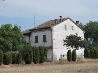 Foto - Casale, da ristrutturare, 290 mq, Castelnuovo Scrivia
