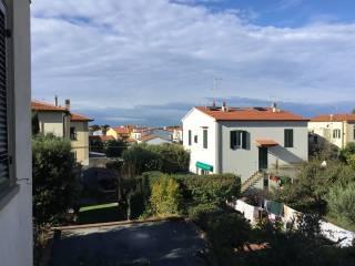 Foto - Quadrilocale via della Gorgona, Antignano, Livorno
