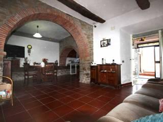 Foto - Casa indipendente 210 mq, buono stato, Capolona