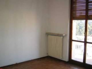 Foto - Appartamento da ristrutturare, terzo piano, Viguzzolo