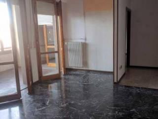 Foto - Trilocale buono stato, terzo piano, San Paolo, Prato