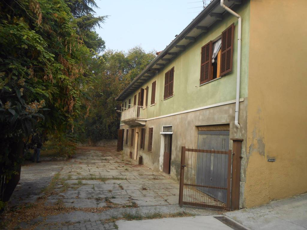 foto  Rustico / Casale, da ristrutturare, 331 mq, Corsione