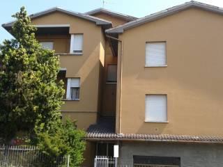 Foto - Palazzo / Stabile tre piani, buono stato, Monte San Pietro