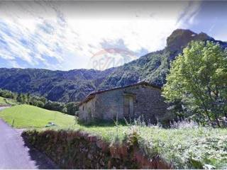 Foto - Rustico / Casale, da ristrutturare, 300 mq, Oltressenda Alta