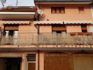 Foto - Trilocale via Indipendenza, Fenegrò