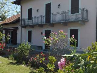 Foto - Villa via Gioacchino Rossini 13, Vergiate