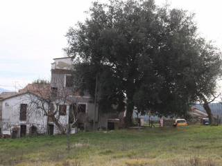 Foto - Casa indipendente 140 mq, da ristrutturare, Vacone