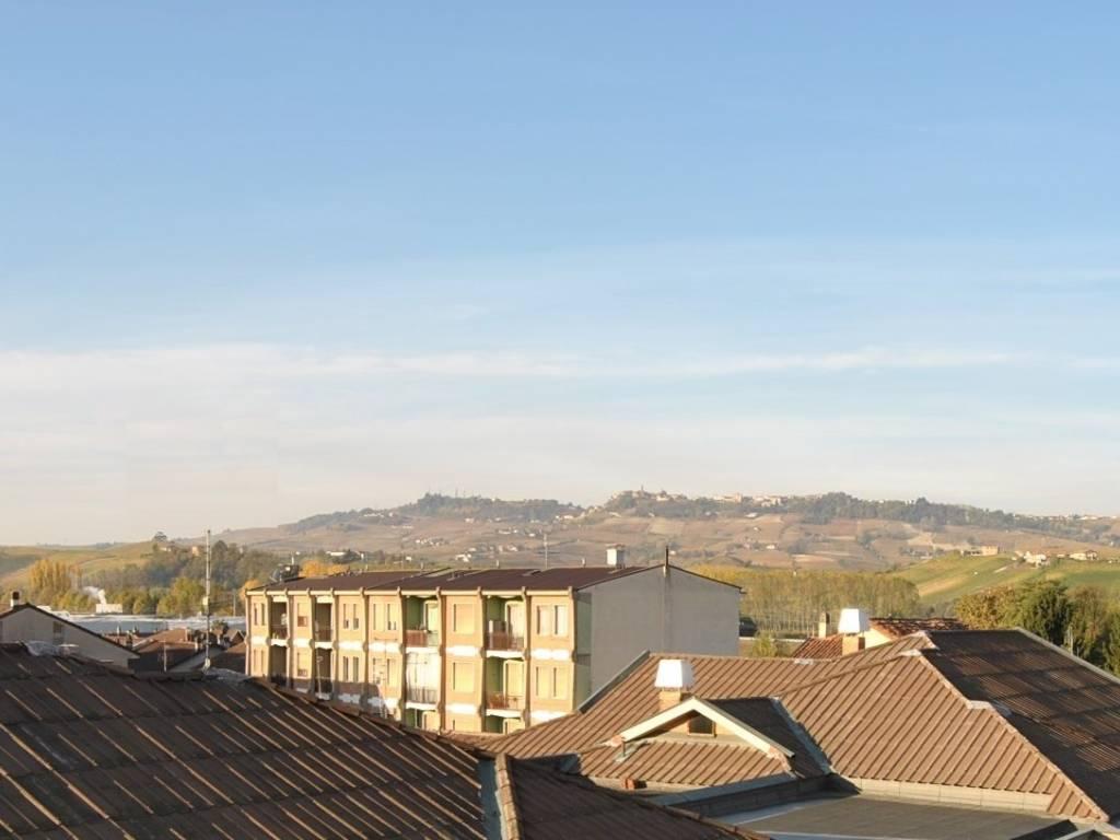 Foto 1 di Appartamento Via Giuseppe Garibaldi, Grinzane Cavour