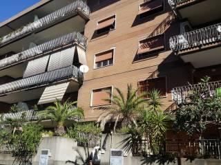 Foto - Trilocale via Costantino Lazzari, Villa Gordiani, Roma