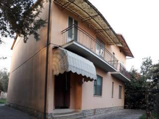 Foto - Casa indipendente via Firenze, Tuoro sul Trasimeno